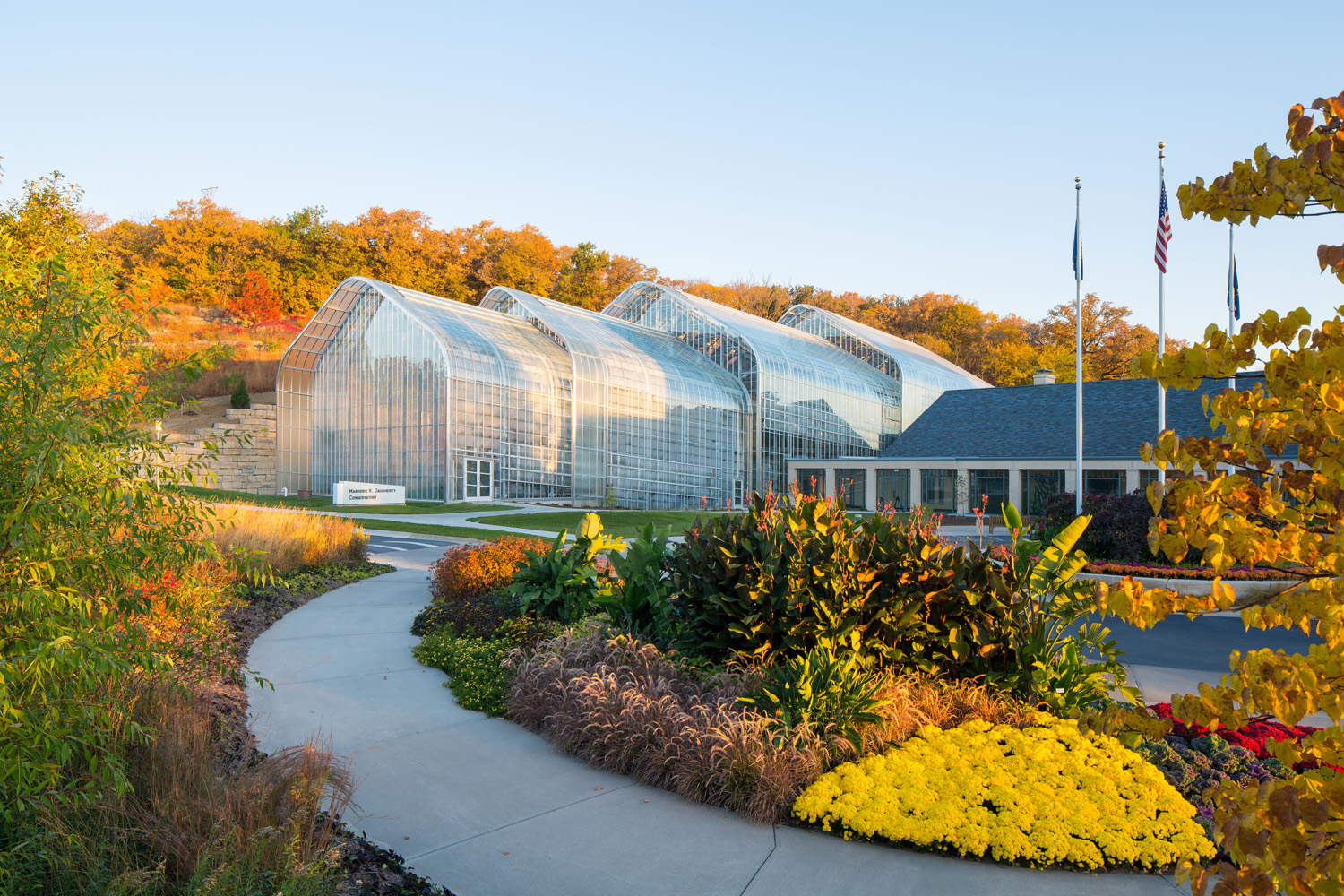 Image of Lauritzen Gardens Visitor and Education Center and the Marjorie K. Daugherty Conservatory